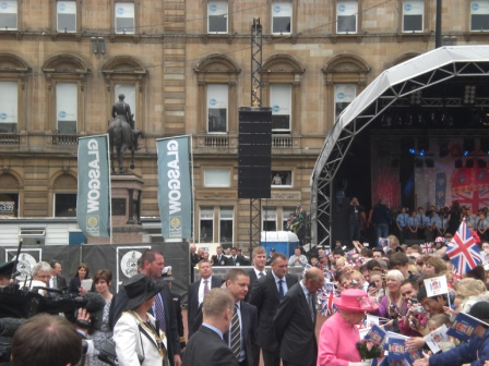 The Queen and Prince Philip in George Square, Glasgow 4-7-12