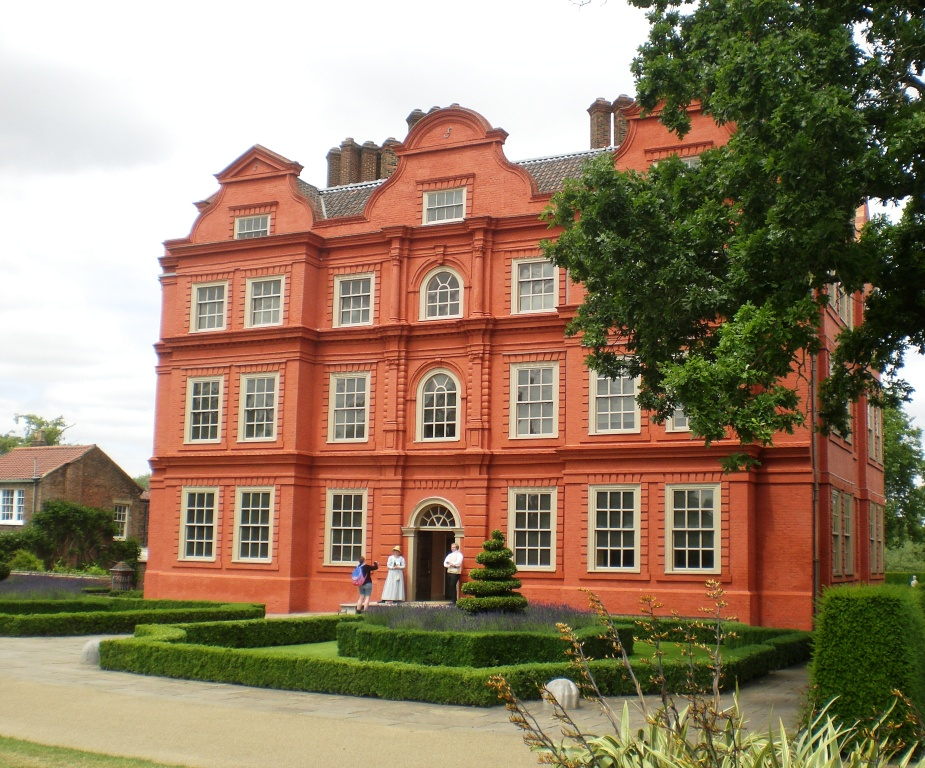 Kew Palace in Kew Gardens, home of George III. Pic: Copyright of Alistair McConnachie, 16-6-17.