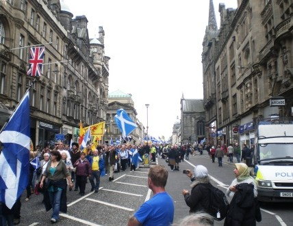 March heading down North Bridge. Pic copyright Alistair McConnachie